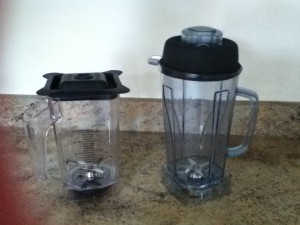 Old 9200 jug left - New 9400 jug right